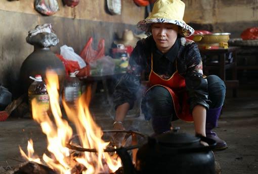 云南漾濞一对夫妻放下年入20万生意 回乡带领乡亲创业